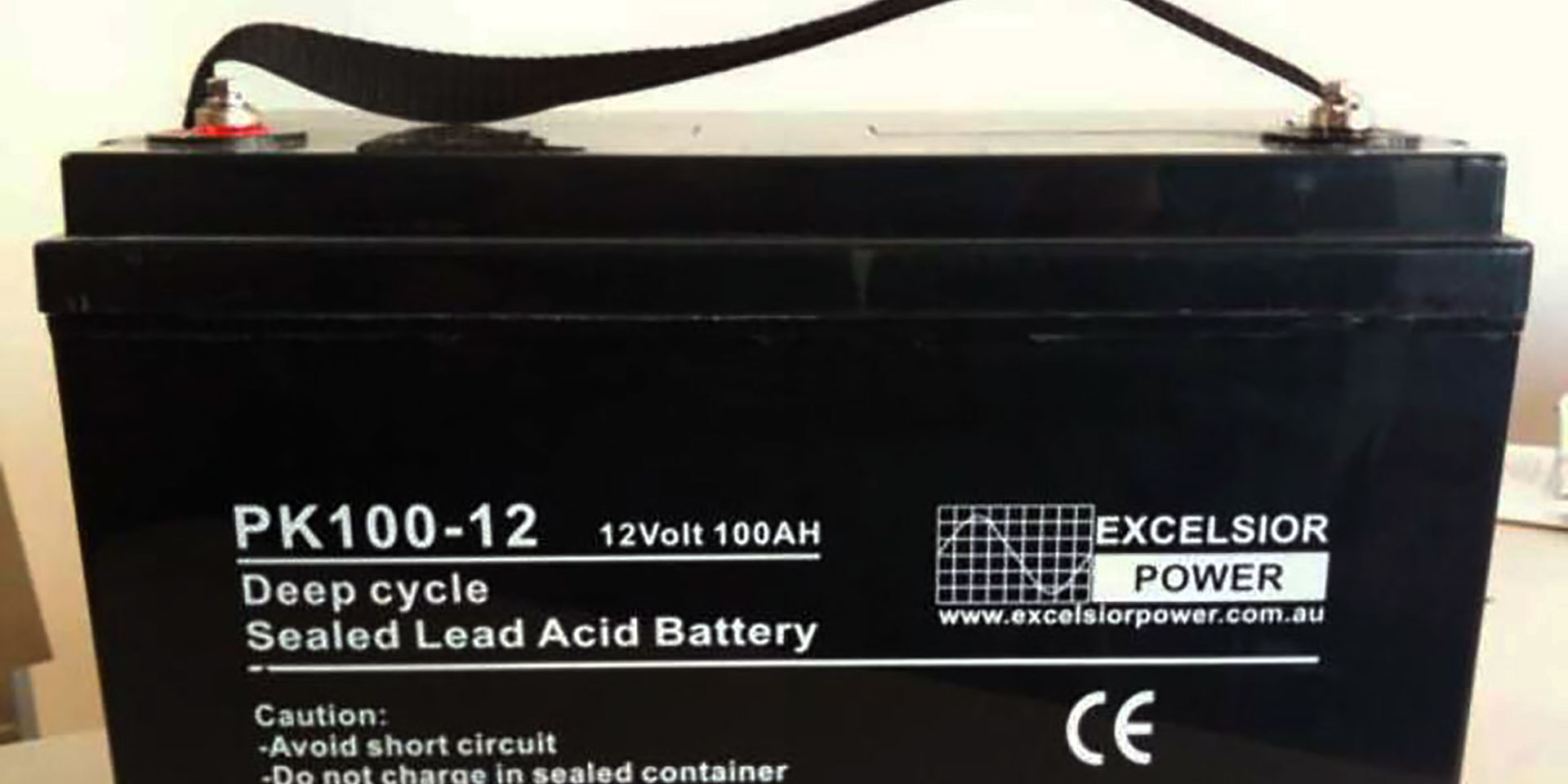 How many hours will a deep cycle battery last